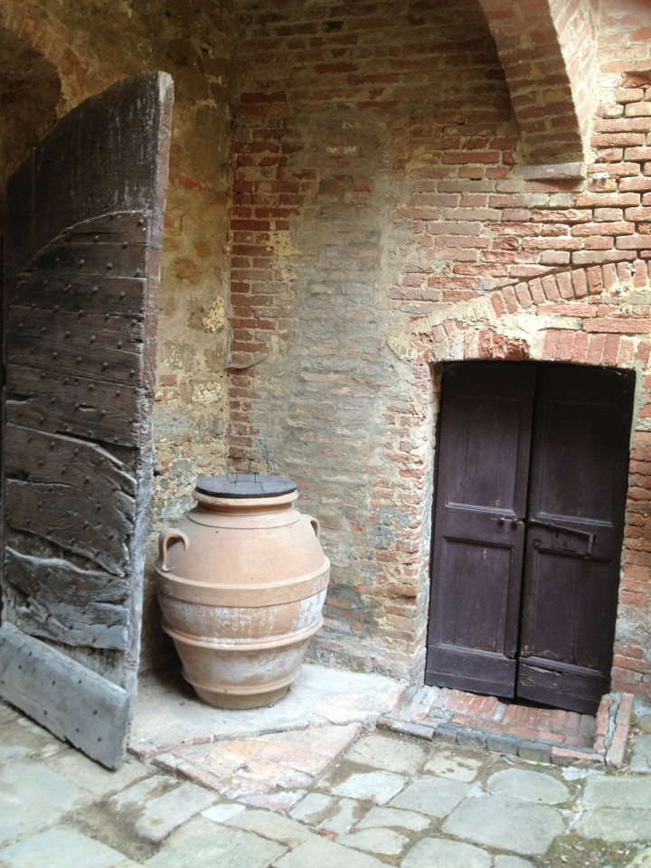 jug and doors
