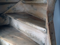 wood-stairs